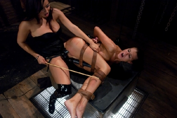 Obedient Pain Slut Licks Up Her Punishment