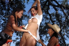 Cowgirl Lesbian Bondage